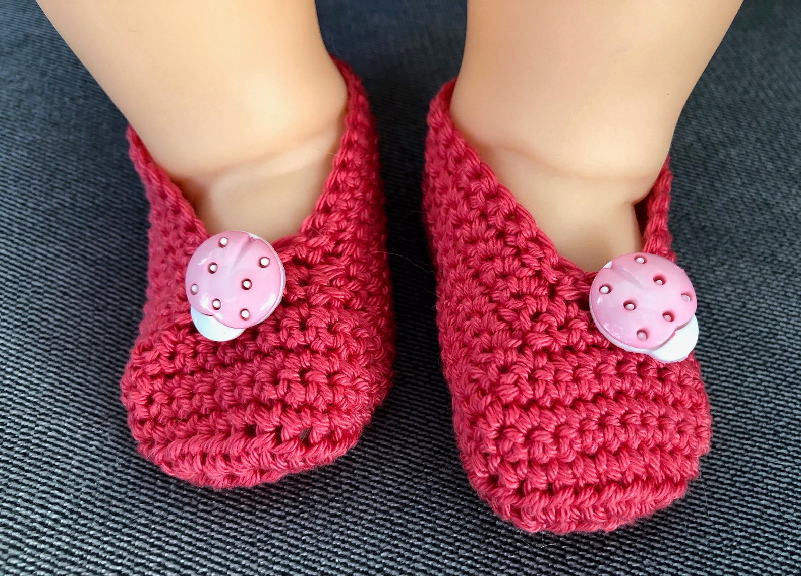 crochet cute baby ladybug ballet flats, 3 to 6 mos, soft cotton, pink, baby shower, adoption gift