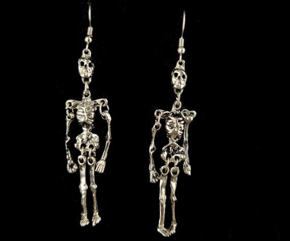 Vintage Silver Tone Halloween Skeleton 70's Funky