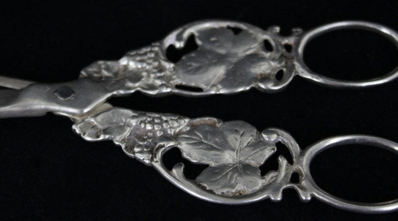 Antique argent massif raisin à la main fonte conçu Ciseaux Ciseaux belle!