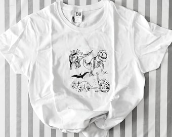 TSHIRT  with dinosaurs