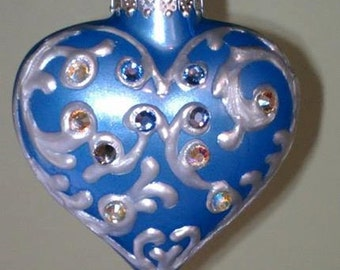 Swirl Design Heart Ornament
