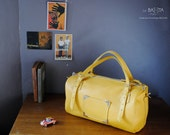 "duffel bag in saffron yellow leather ""MIKKY"""