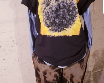 Afro graphic tee