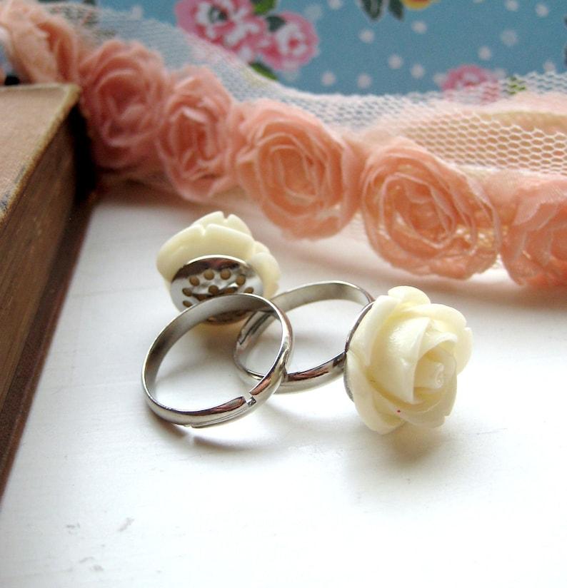Cream Rose Adjustable Silver Ring