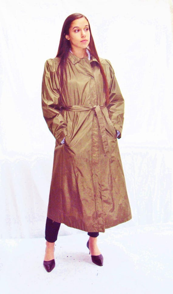70s olive trench coat / puff sleeves / minimalist… - image 2