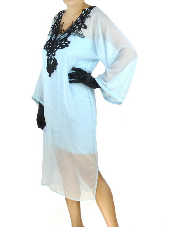 1920s Style Dresses, Flapper Dresses Blue Black Caftan Kaftan Flapper Loose Shift Dress Costume 1920s Roaring 20s Kimono Chiffon Midi Plus Oversized Kaftan Caftan Plus size $86.00 AT vintagedancer.com