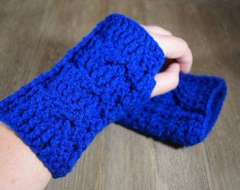 Cable Stitch Crochet Wrist Warmer Fingerless Gloves - Peacock