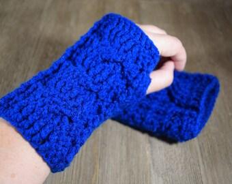 Cable Stitch Crochet Wrist Warmer Fingerless Gloves - Peacock