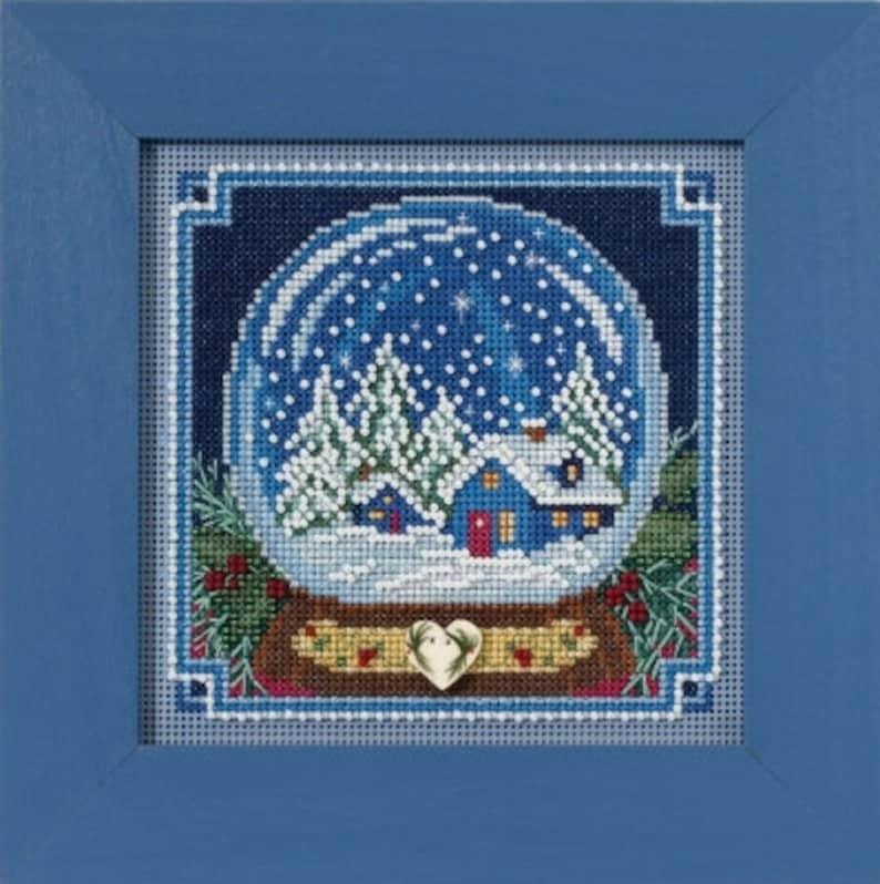 Mill Hill Kit  Snow Globe  Christmas Cross Stitch Kit  Mill image 0