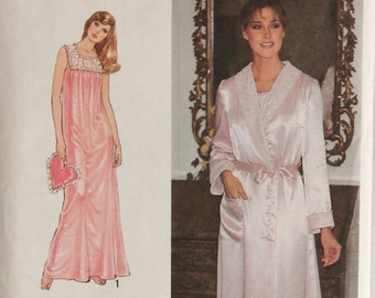 """Nightgown Pattern - 70s Vintage Sewing Pattern for Romantic Nightie and Robe - Size 6 8 Bust 30.5 and 31.5"""" - Simplicity 8764"""