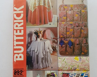 Vintage Sewing Pattern for Tablecloths, Shoe Bag, and Bed Caddy Organizer Butterick 232 G