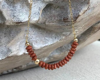 Dainty Goldstone Necklace