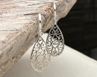 Silver Lace Filigree Earrings