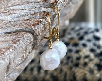 Simple White Coin Pearl Earrings, Best Gifts for Her, Pearl Drop Dangle, Handmade Jewelry, June Birthstone, Pearl Jewelry, Everyday Earrings