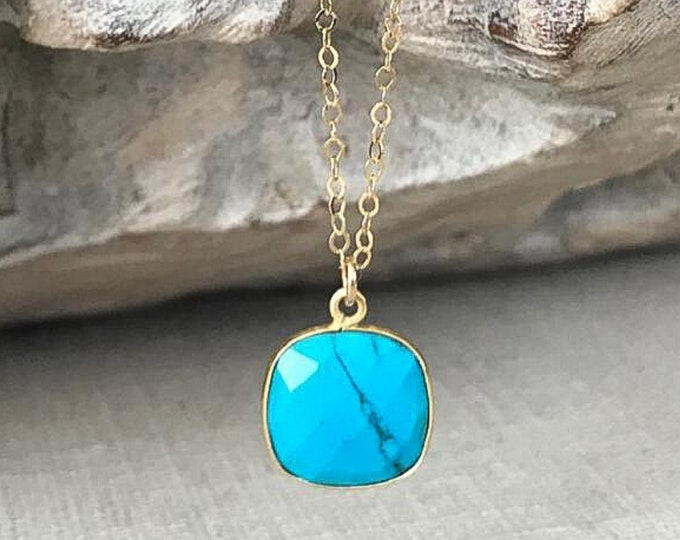 Featured listing image: Small Turquoise Necklace