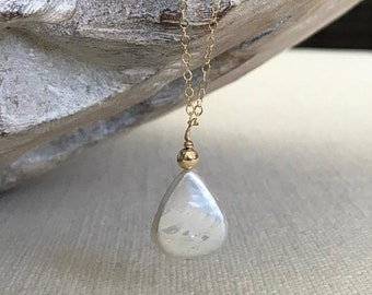 Pearl Teardrop Necklace in Gold or Silver