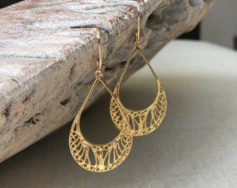 Small Gold Filigree Hoop Earrings