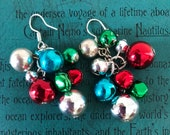 A Pair of Vintage Christmas Jingle Bells Dangle Earrings Ornaments Red Green Silver Tone Costume Jewelry JCLA