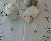 Vintage Off White Cotton Linen Madeira Embroidery Tablecloth Embroidered Tablecloth Cutwork Wedding Table Wedding Decor Kitchen Linens OC