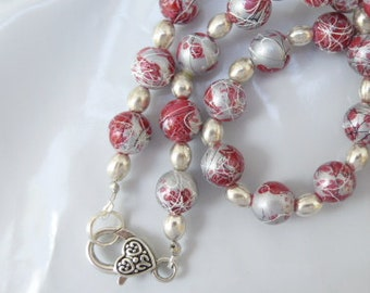 Silver Beads Necklace Splashed With Red and White