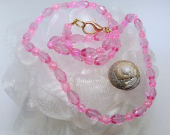 Shining Pink Glass Necklace