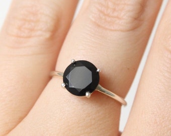 8mm Round Black Spinel Ring