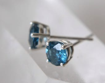 5mm Round London Blue Topaz Stud Earrings