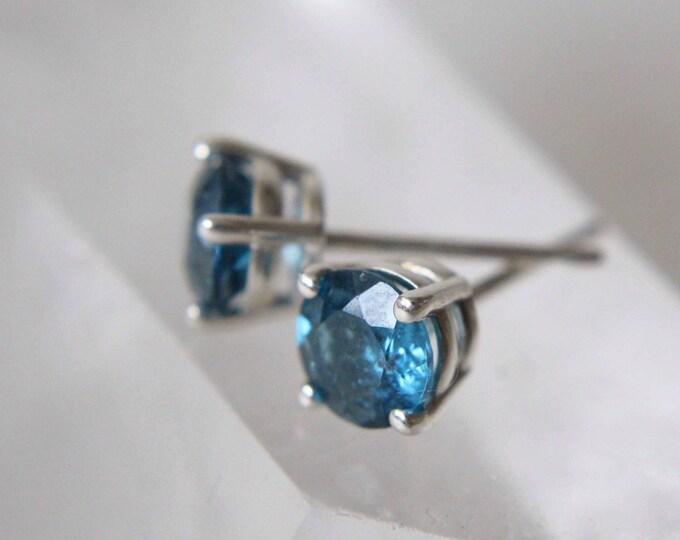 5mm Round London Blue Topaz Stud Earrings