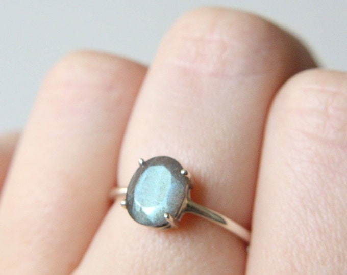 9x7 Oval Faceted Labradorite Ring