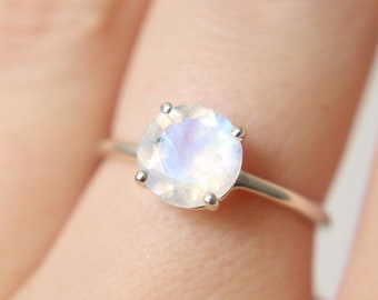 8mm Round Moonstone Ring