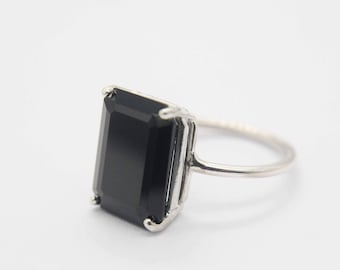14x10 Emerald Cut Black Spinel Ring