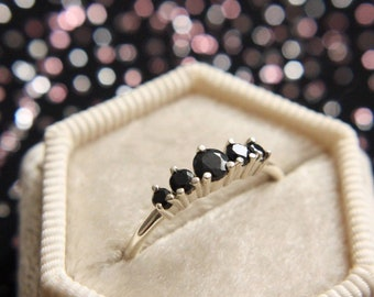Black Spinel Artemis Ring