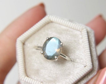 10x8 Oval Faceted Labradorite Ring
