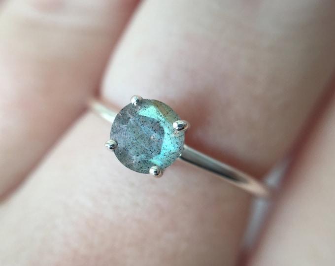 Faceted Labradorite Ring, Labradorite Jewelry, Labradorite Engagement Ring, 5mm Round Labradorite Ring, Something Blue, Flashy Labradorite