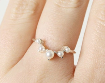 Pearl Artemis Crown Ring