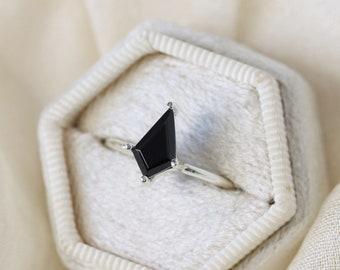 10x6 Black Spinel Kite Ring
