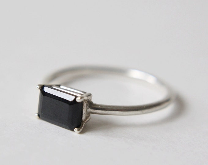 7x5 Emerald Cut Faceted Black Spinel Ring