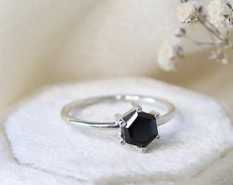6mm Hexagon Black Spinel Ring