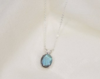 10x8 Oval Faceted Labradorite Necklace
