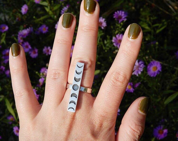 Moon Phase Ring, Sterling Silver Moon Ring, Crescent Moon Ring, Phases Of The Moon Ring, Celestial Jewelry, Wiccan Jewelry, Moon Jewelry