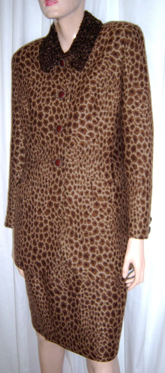GEORGES RECH PARIS leopard print suit has fur coll