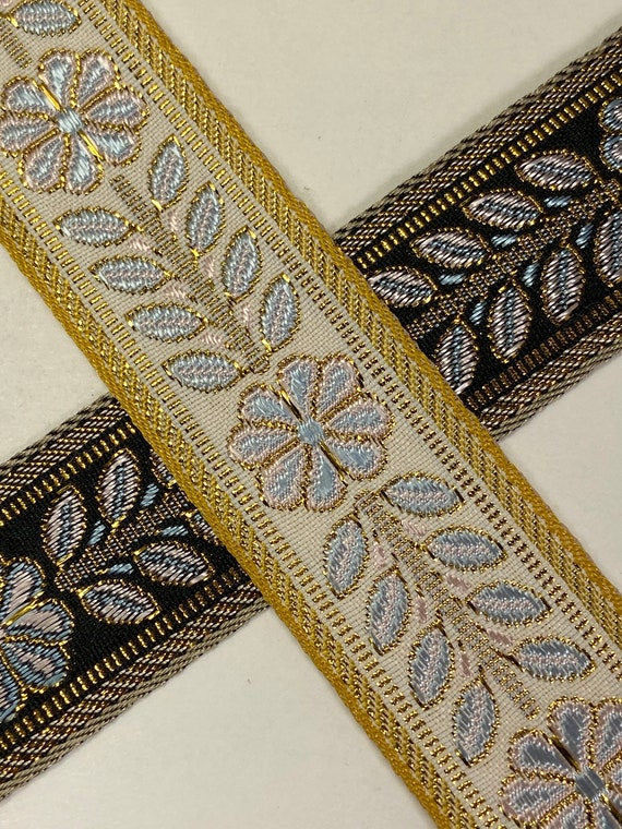 Flower Statue Woven Fabric Trim 1 1//4 inch wide sold by the yard