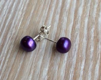 Pearl stud earrings 6-7mm Purple Freshwater Pearls and 925 sterling silver UK Make