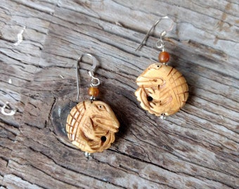 SALE: Fun ALLIGATOR CROCODILE Carved Bone Golden Horn Sterling Silver Earrings