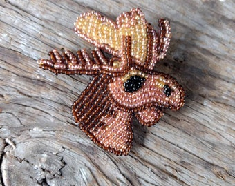 MOOSE Hand-stitched Glass Seedbead Beaded Pin Brooch