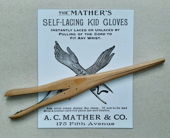 Wood Glove Stretcher. Vintage Antique 1910s 1920s. - image 2