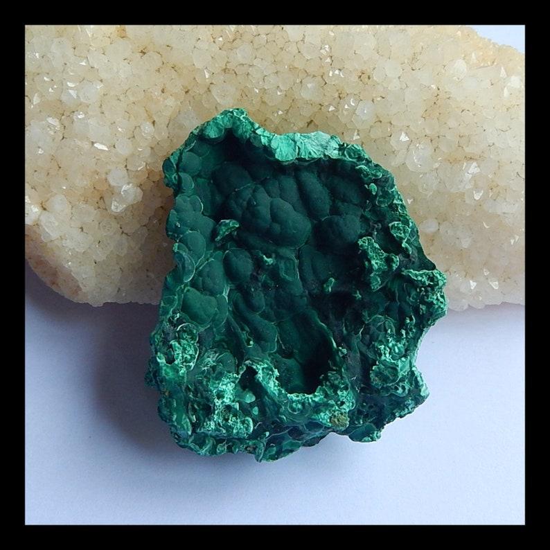 Mineral Specimen,Malachite Gemstone Cabochon,Nugget Malachite Wholesale can drill the hole 59x51x18mm,52.4g y0081