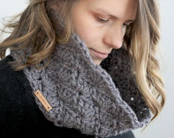 Chunky Crochet Grey Shell Mini Cowl Girls' Teen's Women's Autumn Winter Holiday Layers Knit Infinity Scarf without that choking feeling