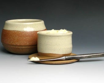French Butter Keeper in Cream Glaze