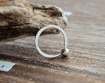 20g Nose Ring, Fine Silver Hoop, Dainty Earring for Helix, Tragus or Cartilage Piercing, Ball Hoop, Hammered
